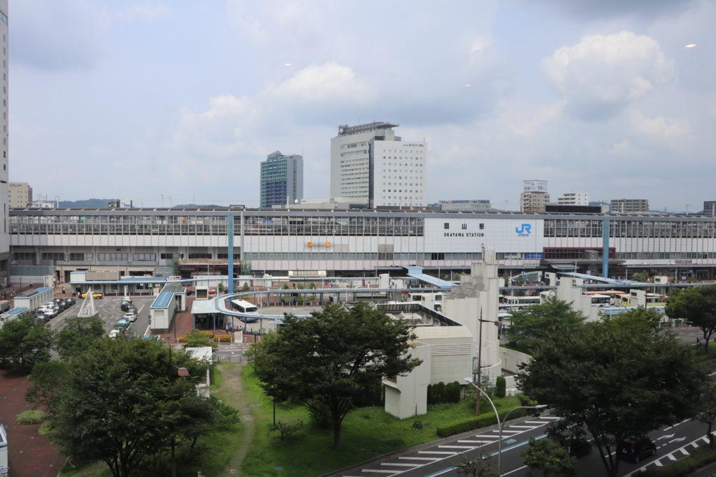 リタスタイル岡山駅前店店内景色